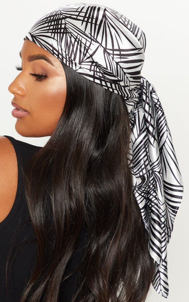 Head scarf with ends un-tucked