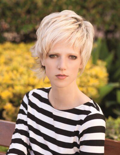 blonde short length wigs